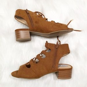Steve Madden brown lace up open toe wedges 2